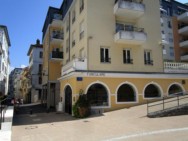 http://www.bahnreiseberichte.de/092-MontBlanc-Chablais/92-019Evian-Funiculaire-Talstation.JPG