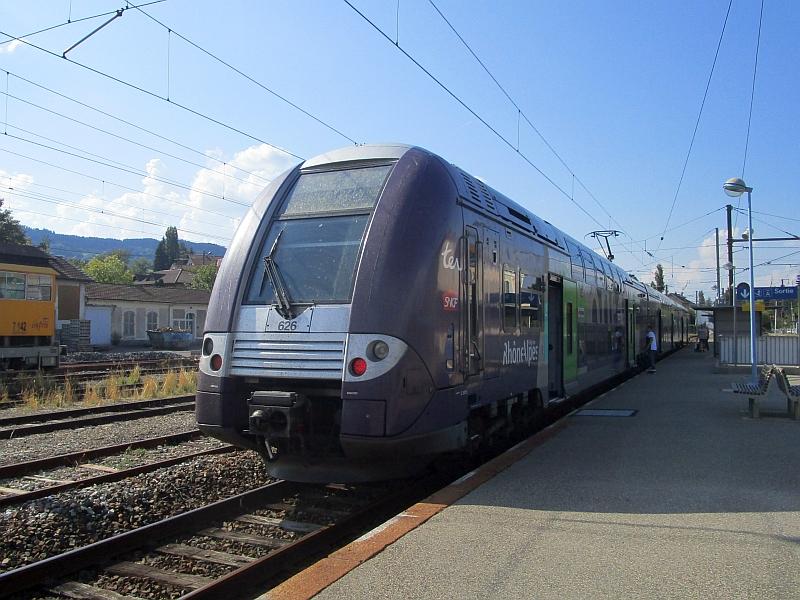 http://www.bahnreiseberichte.de/092-MontBlanc-Chablais/92-041Alstom-Coradia-Duplex-La-Roche.JPG