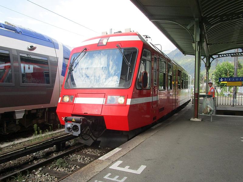 http://www.bahnreiseberichte.de/092-MontBlanc-Chablais/92-044SNCF-Z800-St-Gervais.JPG