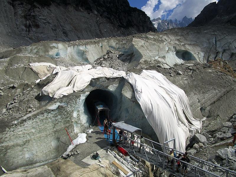 http://www.bahnreiseberichte.de/092-MontBlanc-Chablais/92-101Mer-de-Glace-Grotte.JPG