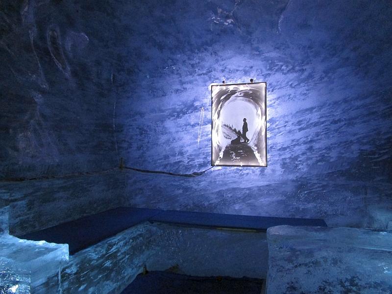 http://www.bahnreiseberichte.de/092-MontBlanc-Chablais/92-103Mer-de-Glace-Grotte.JPG