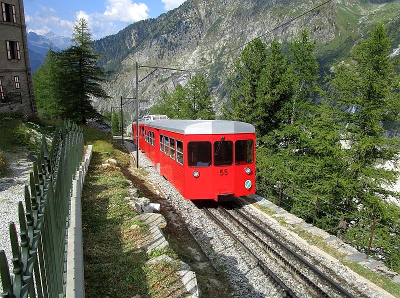 http://www.bahnreiseberichte.de/092-MontBlanc-Chablais/92-105Chemin-Montenvers-55.JPG