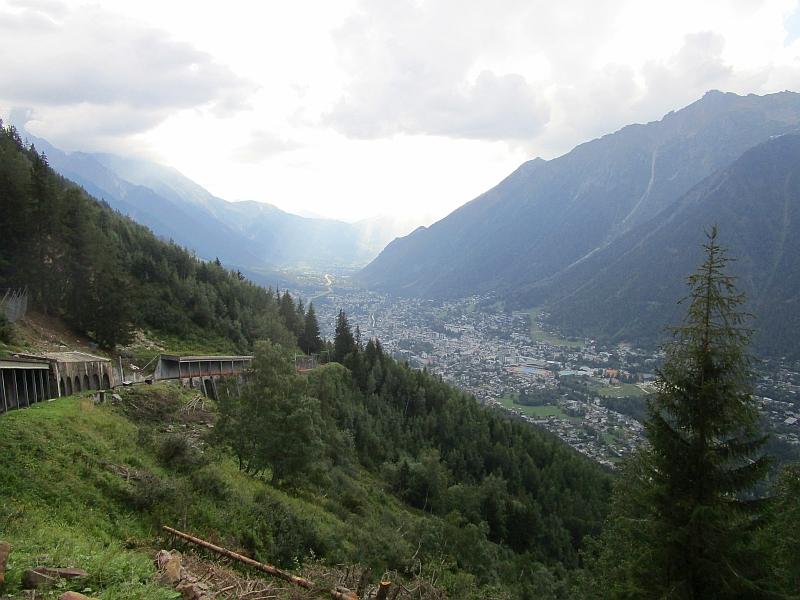 http://www.bahnreiseberichte.de/092-MontBlanc-Chablais/92-111Chemin-Montenvers-Talfahrt.JPG