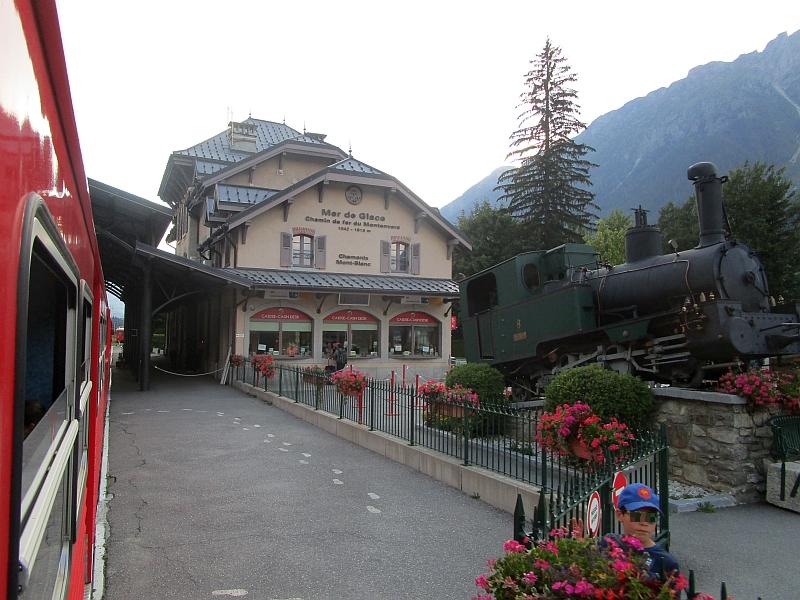 http://www.bahnreiseberichte.de/092-MontBlanc-Chablais/92-112Chemin-Montenvers-Chamonix.JPG