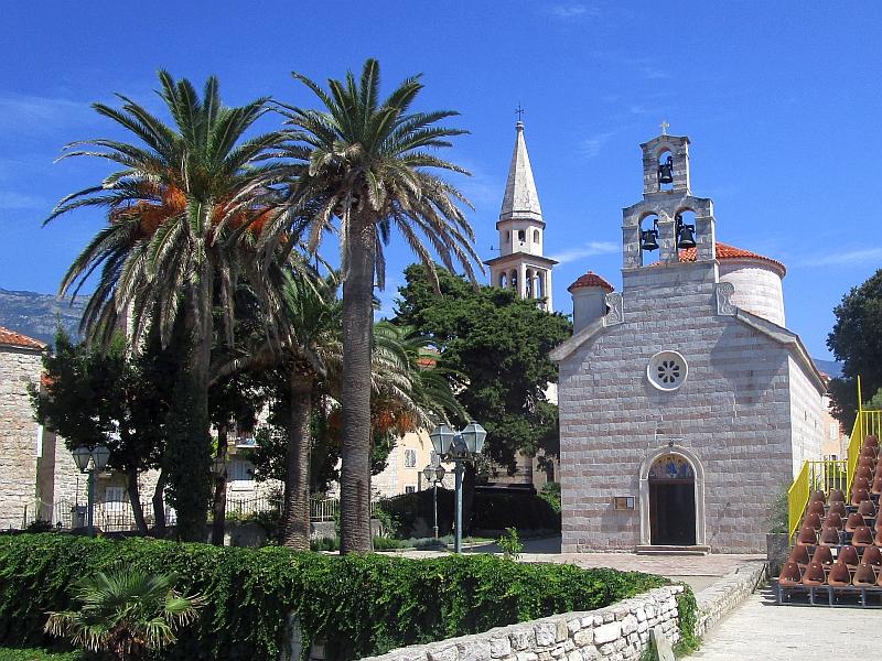 http://www.bahnreiseberichte.de/093-Montenegro/93-093Budva-Kirche-Dreifaltigkeit.JPG