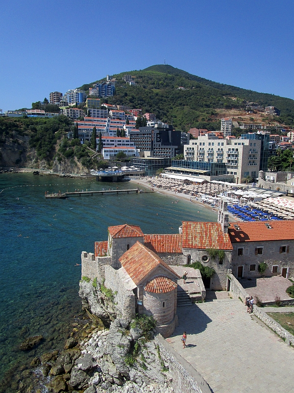 http://www.bahnreiseberichte.de/093-Montenegro/93-095Budva-Strand.JPG