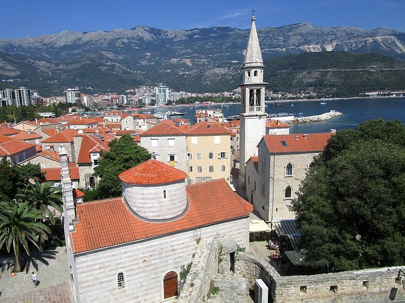 http://www.bahnreiseberichte.de/093-Montenegro/93-096Budva-Altstadt.JPG