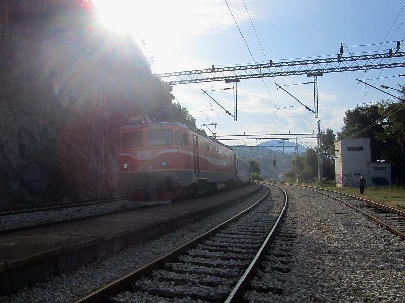 http://www.bahnreiseberichte.de/093-Montenegro/93-106IC-Tara-Sutomore.JPG