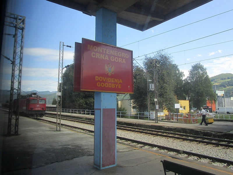 http://www.bahnreiseberichte.de/093-Montenegro/93-120Schild-Bijelo-Polje.JPG