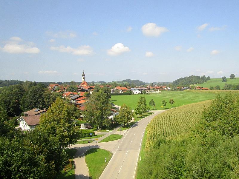 http://www.bahnreiseberichte.de/093-Montenegro/93-171Fahrt-Vachendorf.JPG