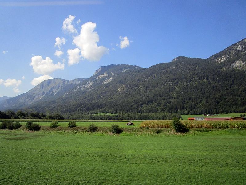 http://www.bahnreiseberichte.de/093-Montenegro/93-172Fahrt-Inntal.JPG