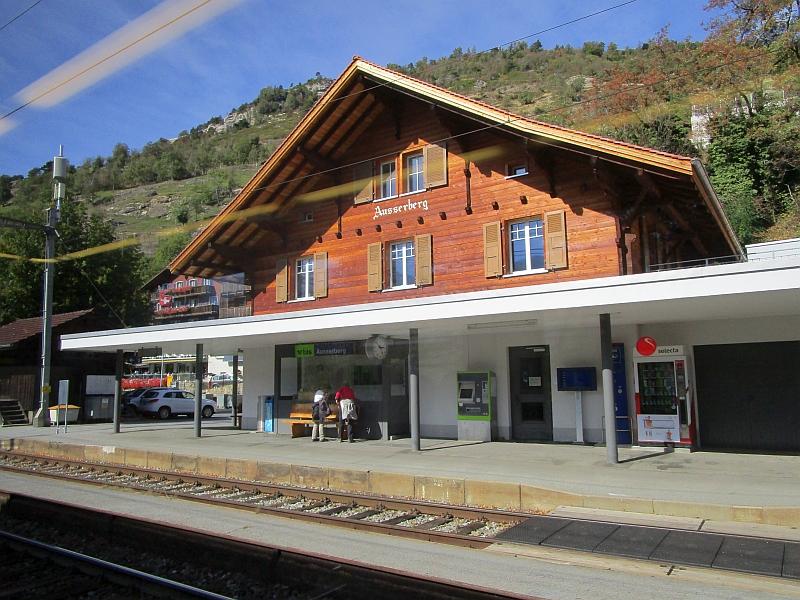 http://www.bahnreiseberichte.de/094-Serfaus-Mantua-Centovalli/94-134Bahnhof-Ausserberg.JPG