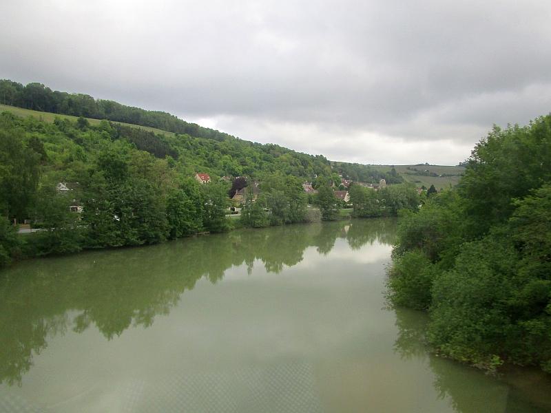http://www.bahnreiseberichte.de/097-Taunus-Saar-Elsass/97-146Fahrt-Marne.JPG