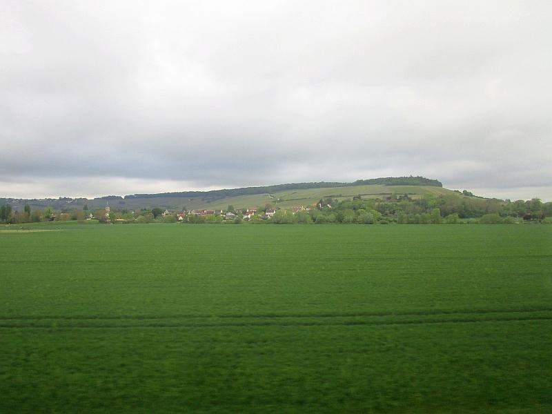 http://www.bahnreiseberichte.de/097-Taunus-Saar-Elsass/97-147Fahrt-Champagne.JPG