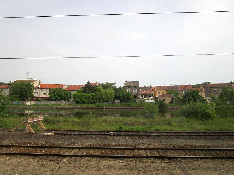 http://www.bahnreiseberichte.de/097-Taunus-Saar-Elsass/97-151Fahrt-Varangeville.JPG