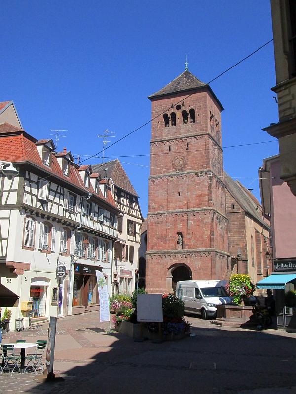 http://www.bahnreiseberichte.de/097-Taunus-Saar-Elsass/97-155Saverne-Eglise-Notre-Dame.JPG
