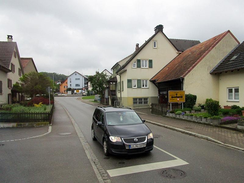 http://www.bahnreiseberichte.de/098-Triregio-Basel/98-008Fahrt-Ruemmingen.JPG