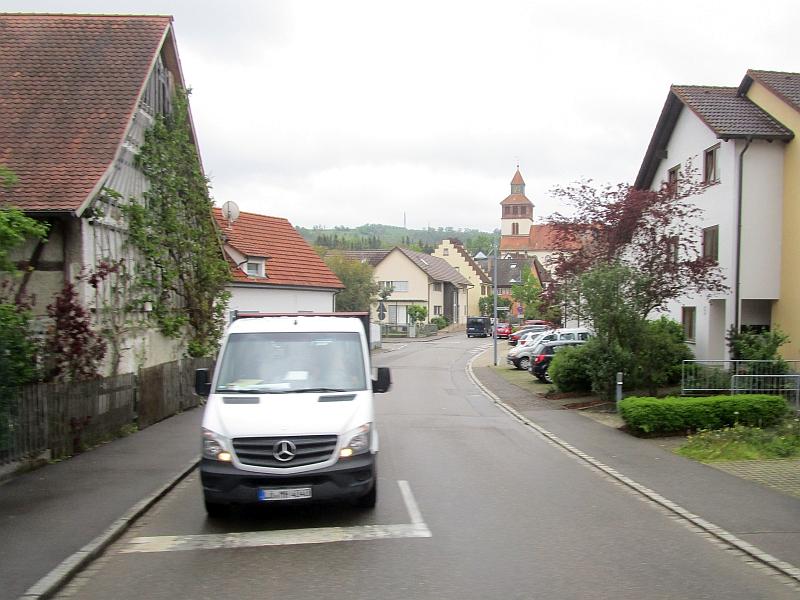 http://www.bahnreiseberichte.de/098-Triregio-Basel/98-026Fahrt-Binzen.JPG
