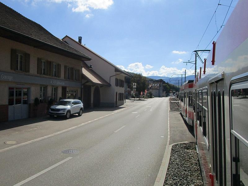 http://www.bahnreiseberichte.de/098-Triregio-Basel/98-078Fahrt-Waldenburgerbahn-Hoelstein.JPG