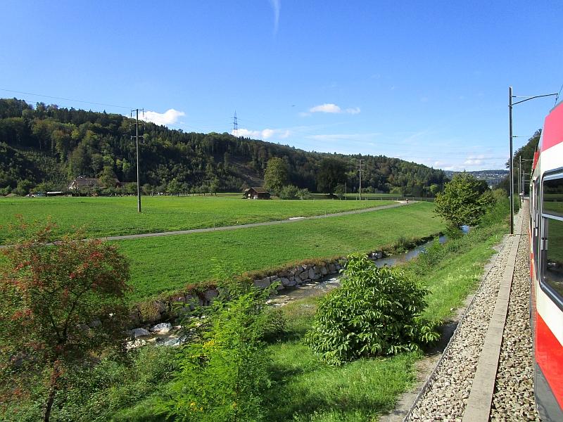 http://www.bahnreiseberichte.de/098-Triregio-Basel/98-094Fahrt-Waldenburgerbahn-Frenke.JPG